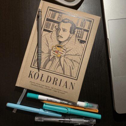 Zdjęcie okładkowe wpisu: Recenzja: Notes Kołdrian od NadWyraz.com
