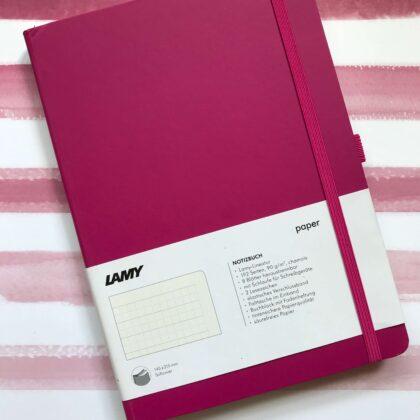 Zdjęcie okładkowe wpisu: Recenzja: notatnik Lamy — kratka na każdą pogodę